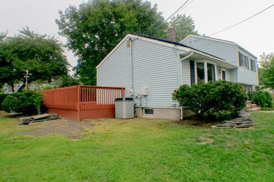 253 BURLINGTON AVE, Spotswood, NJ 08884 - Photo 2