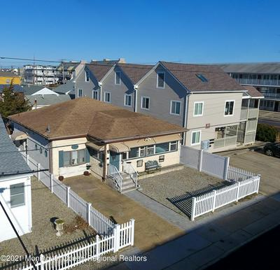 208 CARTERET AVE, Seaside Heights, NJ 08751 - Photo 2