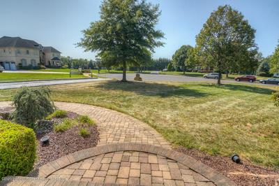 4 TEAL CT, Freehold, NJ 07728 - Photo 2