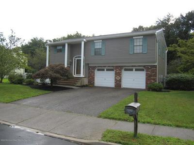 87 STARLIGHT RD, Howell, NJ 07731 - Photo 2