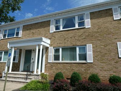 197 EVERGREEN RD, Edison, NJ 08837 - Photo 1