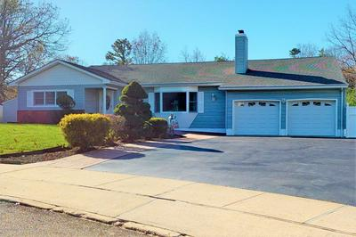 11 LIVERPOOL CT, Toms River, NJ 08753 - Photo 1
