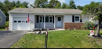 899 EDGEBROOK DR N, Toms River, NJ 08757 - Photo 1