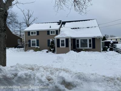 62 W HENRY PL, Iselin, NJ 08830 - Photo 1