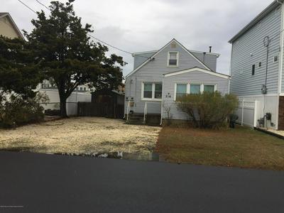 216 EISENHOWER AVE, SEASIDE HEIGHTS, NJ 08751 - Photo 1