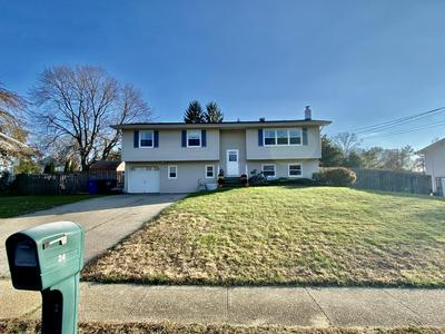 24 BAMBERRY LN, Toms River, NJ 08755 - Photo 2