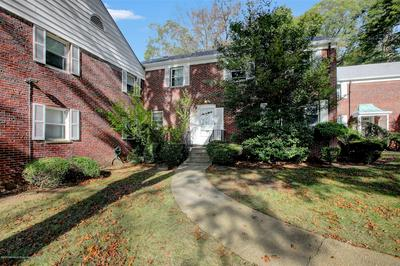 112 MANOR DR, Red Bank, NJ 07701 - Photo 2