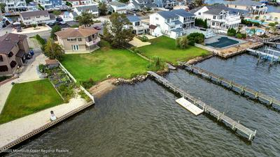 39 TOBAGO AVE, Toms River, NJ 08753 - Photo 1
