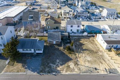 107 EISENHOWER AVE, SEASIDE HEIGHTS, NJ 08751 - Photo 2