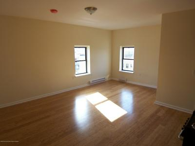 200 DEAL LAKE DR APT 8D, Asbury Park, NJ 07712 - Photo 2