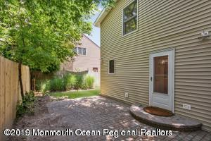 105 CURTIS PL, MANASQUAN, NJ 08736 - Photo 2