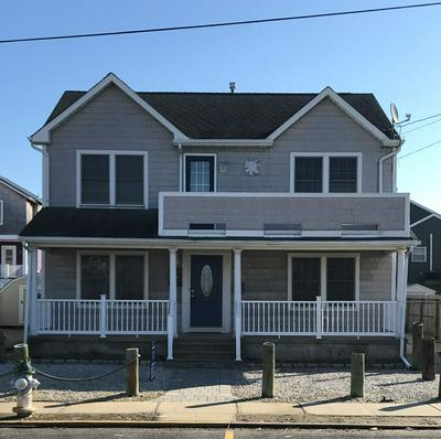 216 4TH AVE, MANASQUAN, NJ 08736 - Photo 1