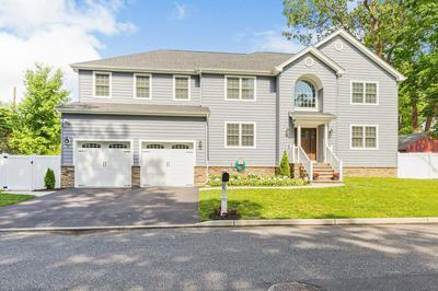 10 HAMPTON CT, Neptune Township, NJ 07753 - Photo 2