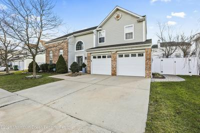 57 MAJOR DR, Sayreville, NJ 08872 - Photo 2
