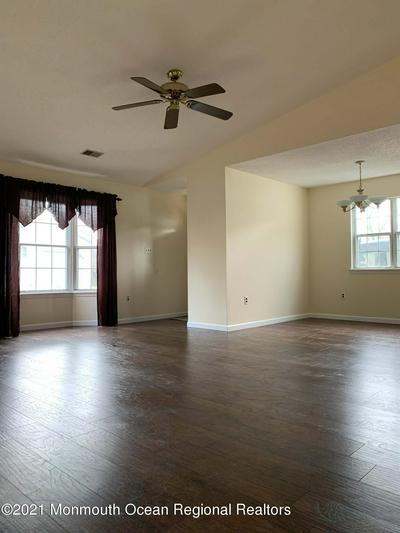 26 MORDEN CLOSE # 1000, Freehold, NJ 07728 - Photo 2