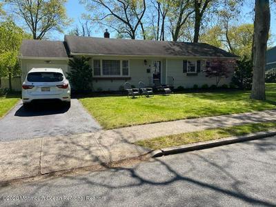 4 ROSLYN DR, Oakhurst, NJ 07755 - Photo 1