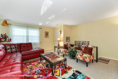51 GARDEN VIEW TER UNIT 2, East Windsor, NJ 08520 - Photo 2