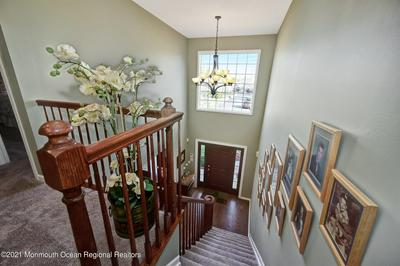 14 WINDWARD WAY, Red Bank, NJ 07701 - Photo 2