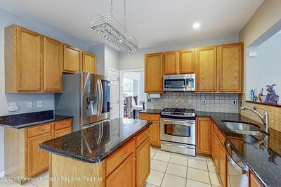 28 GOLDFINCH RD, Jackson, NJ 08527 - Photo 2
