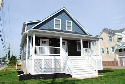 62 RIVERDALE AVE APT 1, Monmouth Beach, NJ 07750 - Photo 2