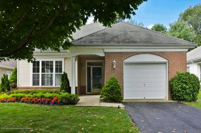 4 SPRING VALLEY DR, Lakewood, NJ 08701 - Photo 2