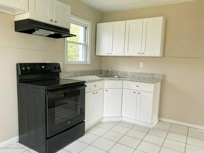 509 POPLAR ST, Lakehurst, NJ 08733 - Photo 2