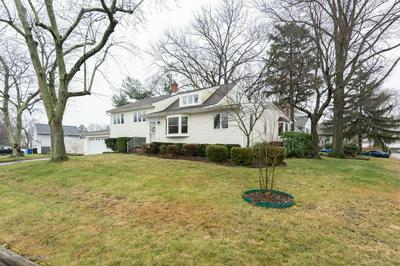 22 LOCUST TER, MIDDLETOWN, NJ 07748 - Photo 1