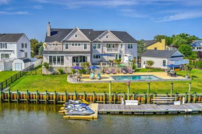 11 GULL POINT RD, Monmouth Beach, NJ 07750 - Photo 2