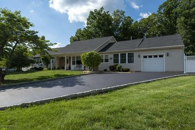 4 WINDSOR CT, Morganville, NJ 07751 - Photo 2