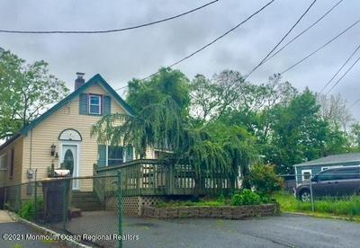 376 SHORELAND CIR, Laurence Harbor, NJ 08879 - Photo 1