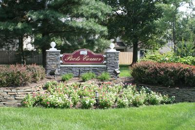 14 LOWELL CT, Freehold, NJ 07728 - Photo 2