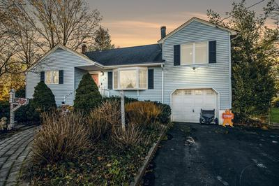 40 KENNETH TER W, Middletown, NJ 07748 - Photo 1