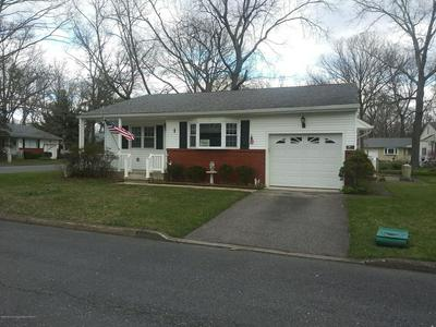 1 WISCONSIN LN, WHITING, NJ 08759 - Photo 1