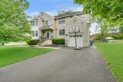 28 IRENE CT, Lakewood, NJ 08701 - Photo 2