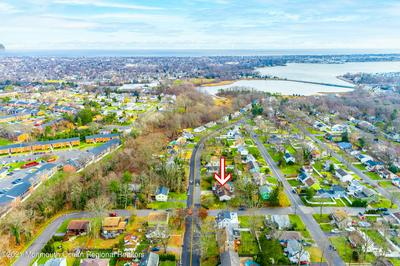 330 N RIVERSIDE DR, Neptune Township, NJ 07753 - Photo 2