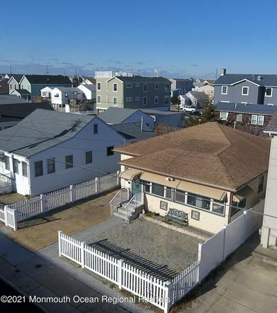 208 CARTERET AVE, Seaside Heights, NJ 08751 - Photo 1