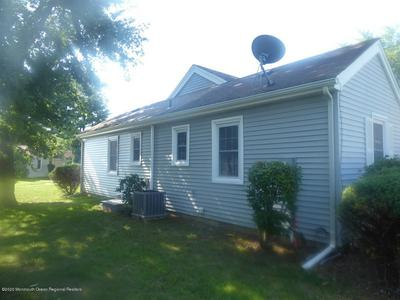 132B HALDEN STRASSE # 1000, Freehold, NJ 07728 - Photo 2