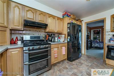 9 COLBY CT, PARLIN, NJ 08859 - Photo 2