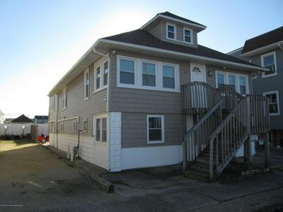 39 BLAINE AVE, Seaside Heights, NJ 08751 - Photo 1