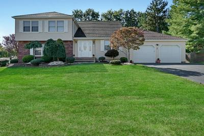 48 CANNONADE DR, Marlboro, NJ 07746 - Photo 2