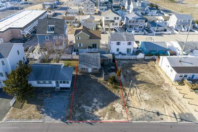 107 EISENHOWER AVE, SEASIDE HEIGHTS, NJ 08751 - Photo 1