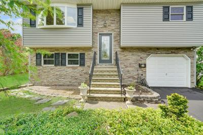 26 WOODBRIDGE AVE, Sewaren, NJ 07077 - Photo 1