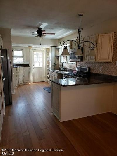 509 AMBOY AVE, Woodbridge, NJ 07095 - Photo 2