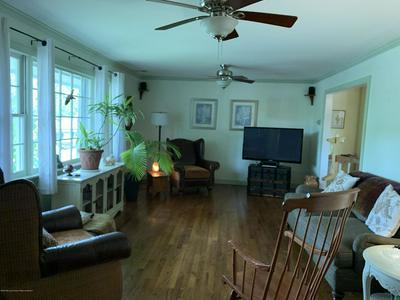 14 ROSLYN DR, Oakhurst, NJ 07755 - Photo 2