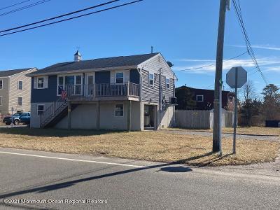 256 BRENNAN CONCOURSE, Bayville, NJ 08721 - Photo 1