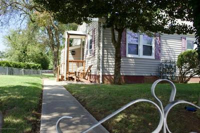 99 BELSHAW AVE, Shrewsbury Twp, NJ 07724 - Photo 2