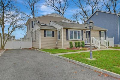 1318 BARTON AVE, Point Pleasant, NJ 08742 - Photo 2
