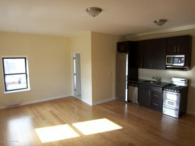 200 DEAL LAKE DR APT 8D, Asbury Park, NJ 07712 - Photo 1