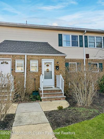 72 MANCHESTER CT APT C, Freehold, NJ 07728 - Photo 1