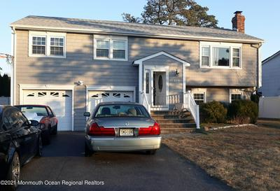 129 SHERWOOD LN, Toms River, NJ 08753 - Photo 1